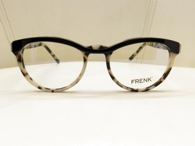 ブランド:FRENK EYEWEAR モデル:REBECCA カラー:01 価格:39,960円(税込)
