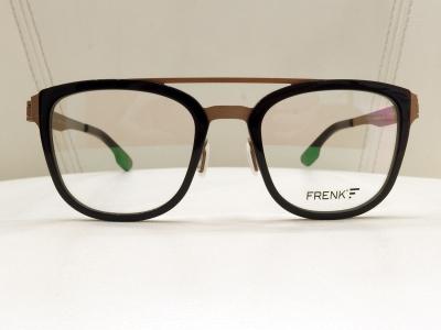 ブランド:FRENK EYEWEAR モデル:CHRONOS カラー:01 価格:36,720円(税込)