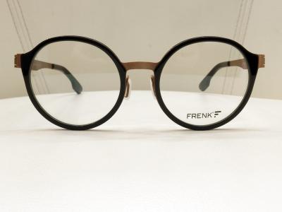 ブランド:FRENK EYEWEAR モデル:ORFEO カラー:01 価格:36,720円(税込)