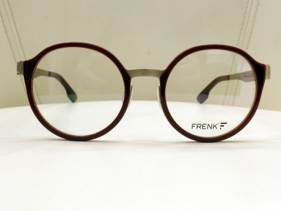 ブランド:FRENK EYEWEAR モデル:ORFEO カラー:03 価格:36,720円(税込)