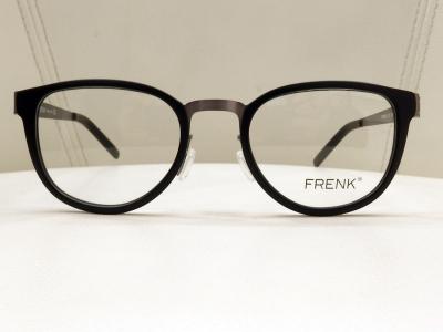 ブランド:FRENK EYEWEAR モデル:FKD190 カラー:01 価格:36,720円(税込)