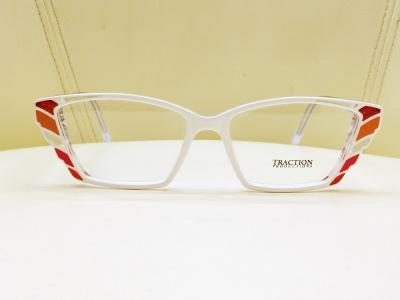 ブランド:TRACTION PRODUCTIONS モデル:PATROL カラー:VITRALLBRUN 価格:42,120円(税込)