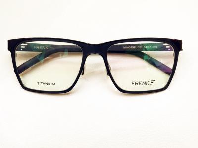 ブランド:FRENK EYEWEAR  モデル:MINOSSE カラー:01 価格:51,300円(税込)