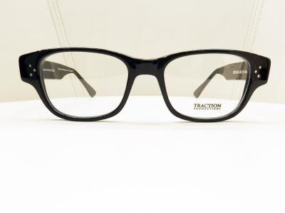 ブランド:TRACTION PRODUCTIONS モデル:KOOLHAS カラー:NOIR 価格:41,040円(税込)