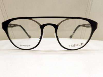 ブランド:FRENK EYEWEAR モデル:ACHILLE カラー:01 価格:51,300円(税込)
