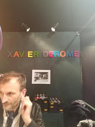フランス、XAVIER DEROME。 相変わらず色使いが美しいフレームがたくさんでした。