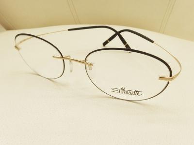 ブランド:Silhouette モデル:SI5518/FZ カラー:7532 価格:50,760円(税込)