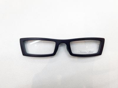 ブランド:Form Max モデル:FM3001 カラー:3 価格:12,960円(税込)
