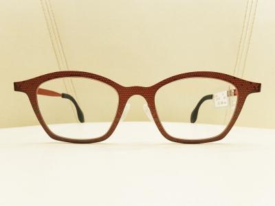 ブランド:THEO モデル:MILLE+62 カラー:431 価格:52,164円(税込)