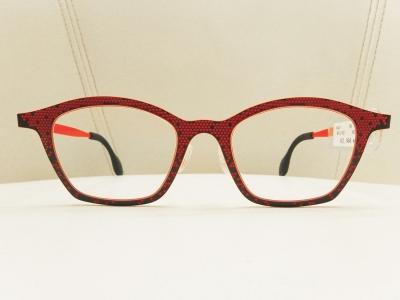 ブランド:THEO モデル:MILLE+62 カラー:433 価格:52,164円(税込)