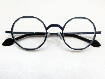 ブランド:KOMOREBI モデル:RENEE カラー:COBALT BLUE 価格:53,784円(税込)