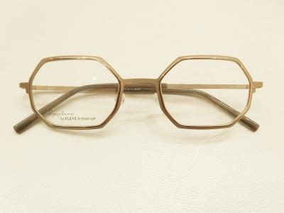 ブランド:FLEYE COPENHAGEN モデル:GEOGE カラー:7001 価格:54,000円(税込)
