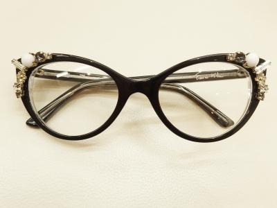 ブランド:FRANCIS KLEIN モデル:MALI カラー:726 価格:100,710円(税込)