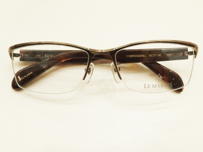 ブランド:LE MARAIS モデル:LM-5002 カラー:3 価格:445,500円(税込)