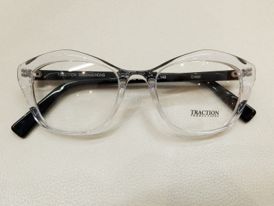ブランド:TRACTION PRODUCTIONS モデル:BALDRINE カラー:CRISTAL 価格:39,960円(税込)