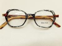 ブランド:TRACTION PRODUCTIONS モデル:MASAKO カラー:RESILLE 価格:38,880円(税込)
