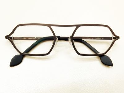 ブランド:komorebi eyewear モデル:carl カラー:babbe brown 価格:53,784円(税込)