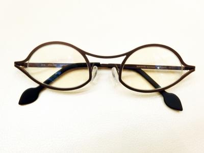 ブランド:komorebi eyewear モデル:jane カラー:choco 価格:53,784円(税込)