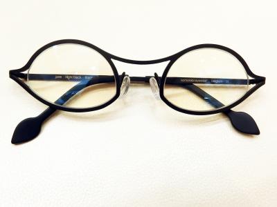 ブランド:komorebi eyewear モデル:jane カラー:night black 価格:53,784円(税込)