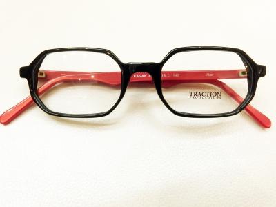 ブランド:TRACTION PRODUCTIONS モデル:KANAK カラー:NOIR 価格:34,560円(税込)