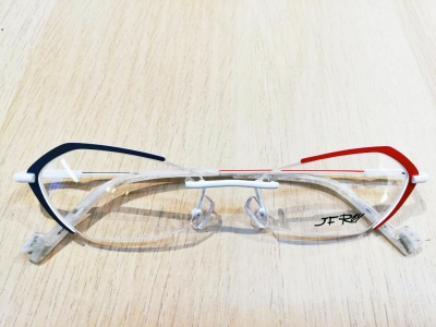 ブランド:J.F.REY モデル:JF2854 カラー:2030 価格:39,600円